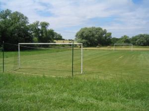 Création d'un terrain de foot avec mise en place de buts