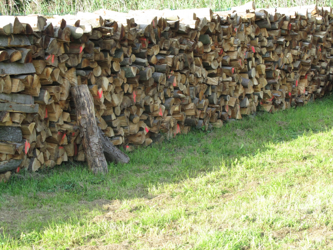 BOIS DE CHAUFFAGE # Negociant Bois De Chauffage